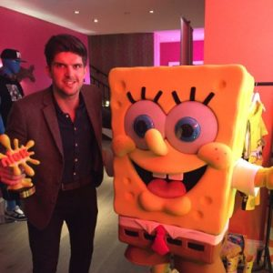 Tom Ellyatt collects the Nickelodeon Most Innovative Product Award 2015 - Bestway Europe